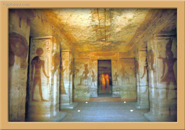 Interior_del_templo_de_Nefertari_en_Abu_Simbel