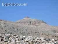2-valle-reyes-tumbas.jpg
