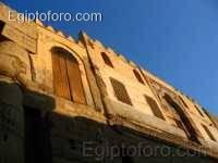 Mezquita_en_patio_Rams_s_II.jpg
