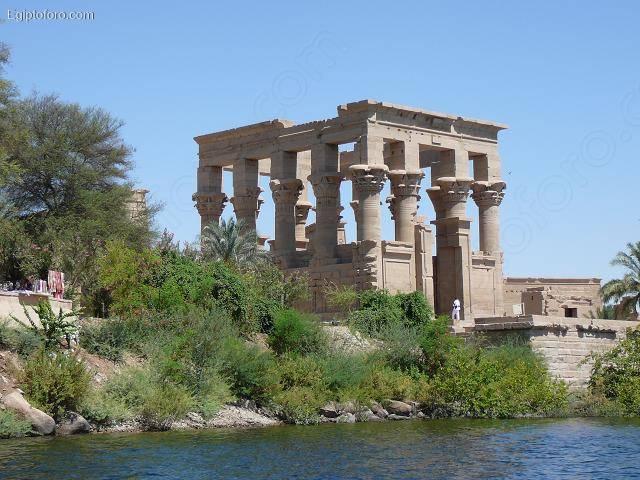 Kiosko_de_Trajano_desde_El_Nilo
