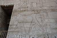 33-templo-medinet-abu.jpg