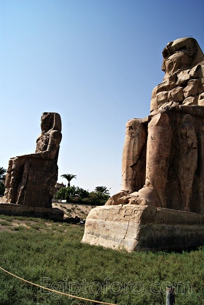 Colosos_Memnon_3_