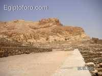 2-deir-el-medina1.jpg