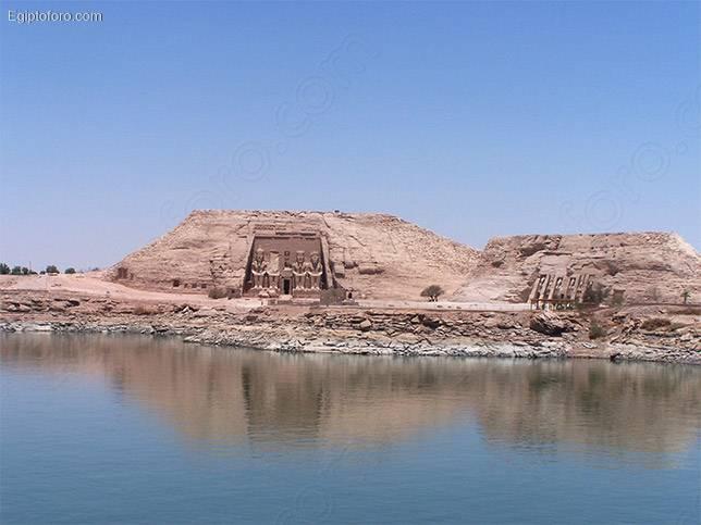 Abu-simbel-11