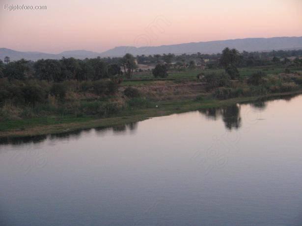 Luxor_sunset3