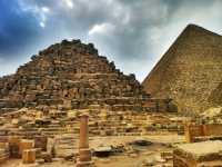piramide-reinas-keops.jpg